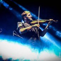 strad-el-pequeno-violinista-rebelde-02